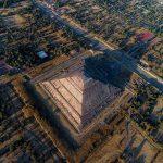 viaje en globo sobre la pirámide del sol