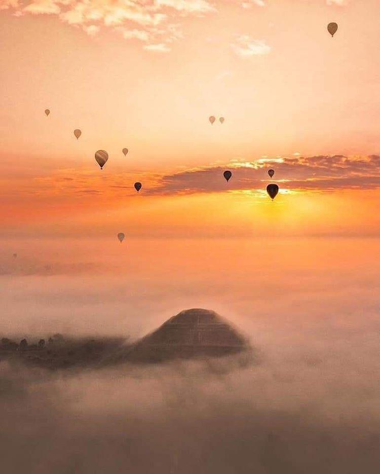 vuelos en globo al aamanecer pirámide del sol